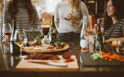 Le coeur de l'hospitalité : parler et écouter